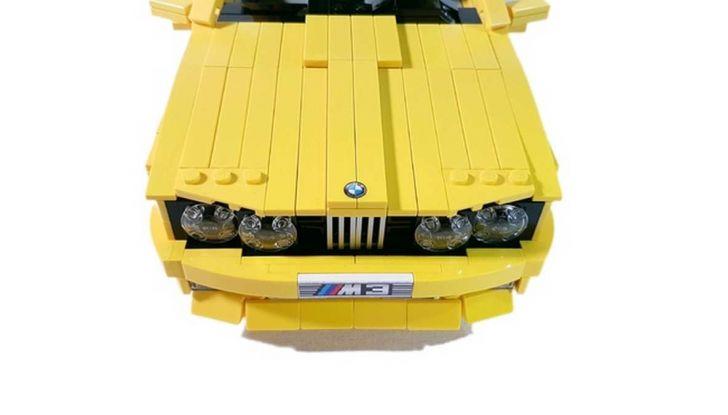 BMW M3 E30 in Lego, la sportiva fatta di mattoncini - Foto 11 di 18