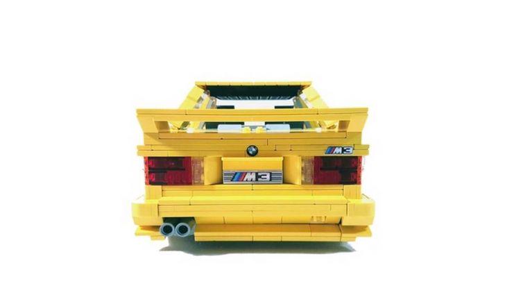 BMW M3 E30 in Lego, la sportiva fatta di mattoncini - Foto 12 di 18