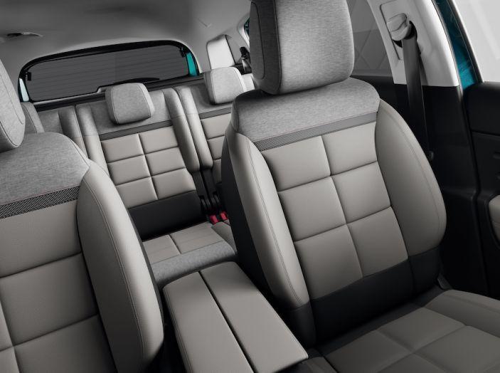 Citroen C5 Aircross: debuttano ibrido plug-in e sospensioni idrauliche - Foto 14 di 16