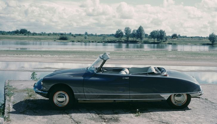Una DS19 Cabriolet a Hollywood - Foto 3 di 5
