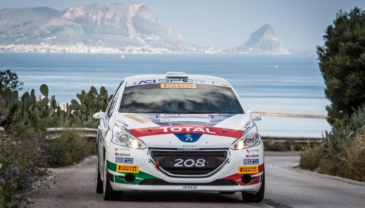 Damiano De Tommaso (junior team Peugeot 208 R2B) soddisfattissimo del primo posto al Targa Florio - Foto 2 di 2