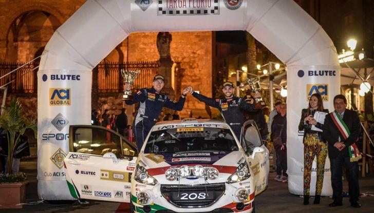 Damiano De Tommaso (junior team Peugeot 208 R2B) soddisfattissimo del primo posto al Targa Florio - Foto 1 di 2