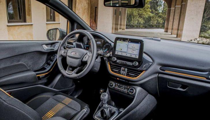 Ford Fiesta Active 2018, la compatta in versione crossover urbano - Foto 5 di 13