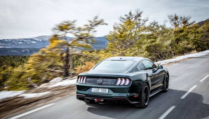 Ford Mustang Bullit provata sulle strade dell'Isola di Man - Foto 3 di 18