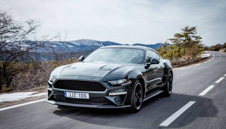 Ford Mustang Bullit provata sulle strade dell'Isola di Man - Foto 1 di 18