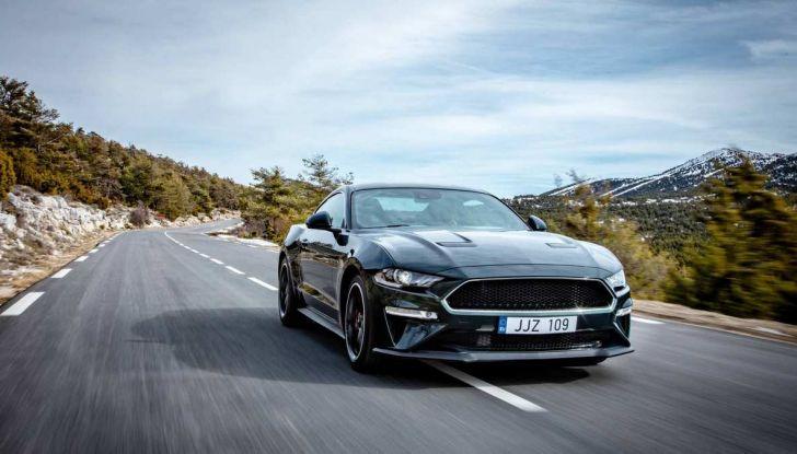 Ford Mustang Bullit provata sulle strade dell'Isola di Man - Foto 10 di 18
