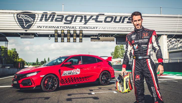 Honda Civic Type R 2018 da record a Magny-Cours, continua il Challenge! - Foto 1 di 6