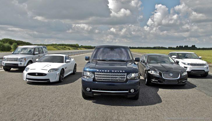 Jaguar Land Rover insieme a Mennekes per la mobilità elettrica - Foto 2 di 7
