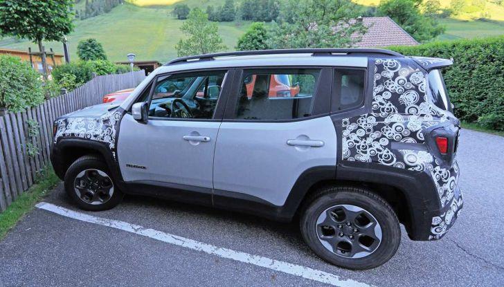 Jeep Renegade restyling 2019, nuove immagini dei test - Foto 4 di 12