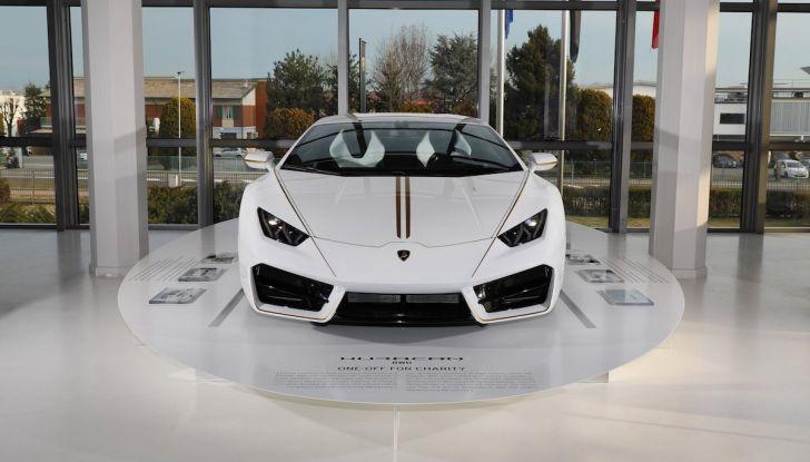 Lamborghini Huracán di Papa Francesco,  prezzo record di 715 mila euro - Foto 1 di 8