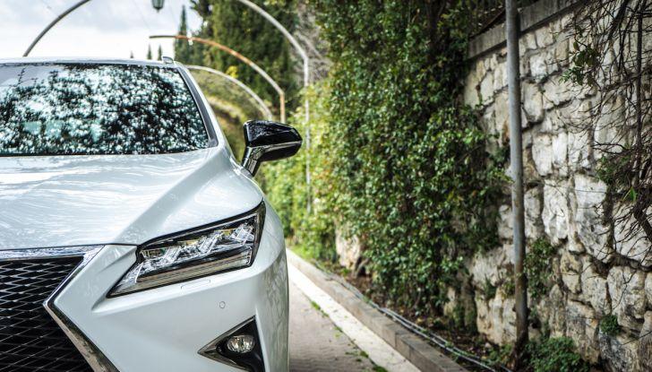[VIDEO ]Lexus RX 450h, il SUV con 3 motori e 313CV nella nostra prova - Foto 26 di 38