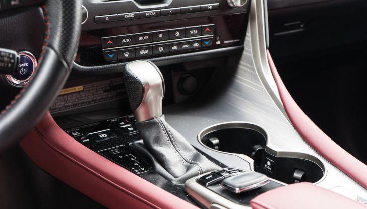 [VIDEO ]Lexus RX 450h, il SUV con 3 motori e 313CV nella nostra prova - Foto 32 di 38