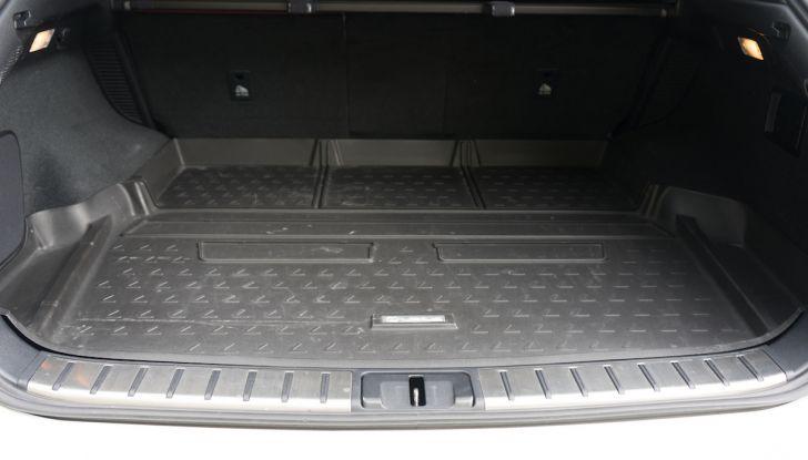 [VIDEO ]Lexus RX 450h, il SUV con 3 motori e 313CV nella nostra prova - Foto 36 di 38