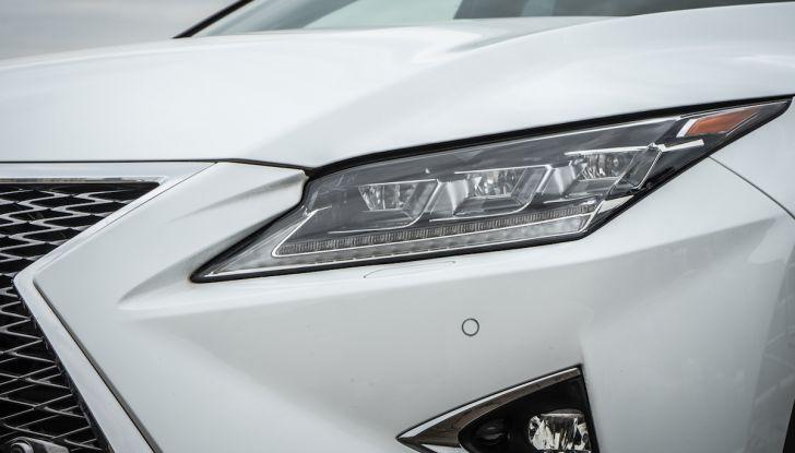 [VIDEO ]Lexus RX 450h, il SUV con 3 motori e 313CV nella nostra prova - Foto 8 di 38