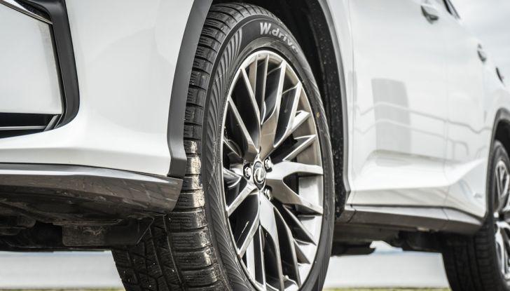 [VIDEO ]Lexus RX 450h, il SUV con 3 motori e 313CV nella nostra prova - Foto 10 di 38