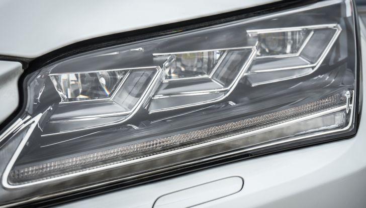 [VIDEO ]Lexus RX 450h, il SUV con 3 motori e 313CV nella nostra prova - Foto 13 di 38