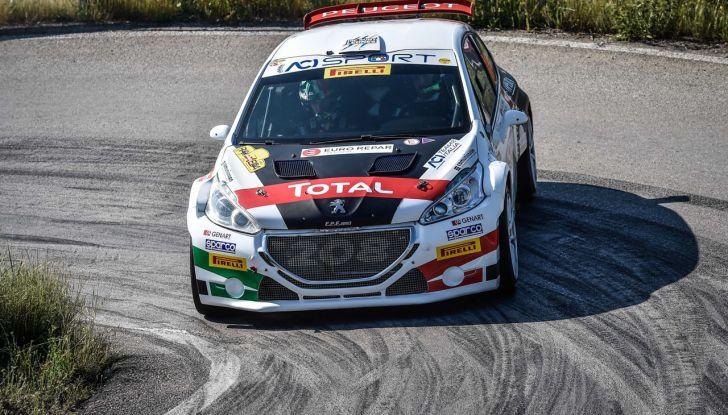 Marco Pollara (Peugeot 208 T16 ufficiale) sfortunato all'Elba 2018 - Foto 1 di 2