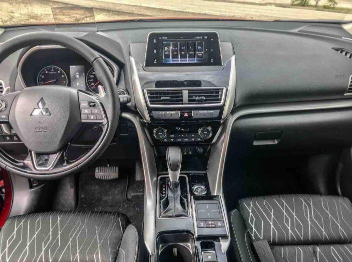 Prova Mitsubishi Eclipse Cross 2018, il SUV Coupé dello Shinobi - Foto 13 di 18