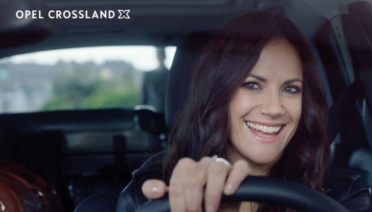 Opel, nuova campagna pubblicitaria con Jurgen Klopp e Bettina Zimmermann - Foto 2 di 6