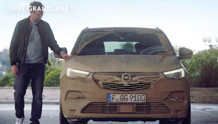 Opel, nuova campagna pubblicitaria con Jurgen Klopp e Bettina Zimmermann - Foto 5 di 6