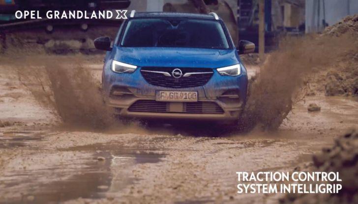 Opel, nuova campagna pubblicitaria con Jurgen Klopp e Bettina Zimmermann - Foto 6 di 6