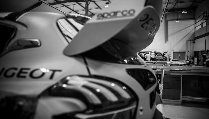 Le Peugeot 208 WRX pronte per il Portogallo - Foto 1 di 3