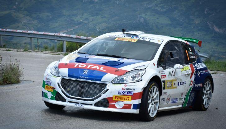 Peugeot punta a mettere a segno un altro successo all'isola d'Elba - Foto  di