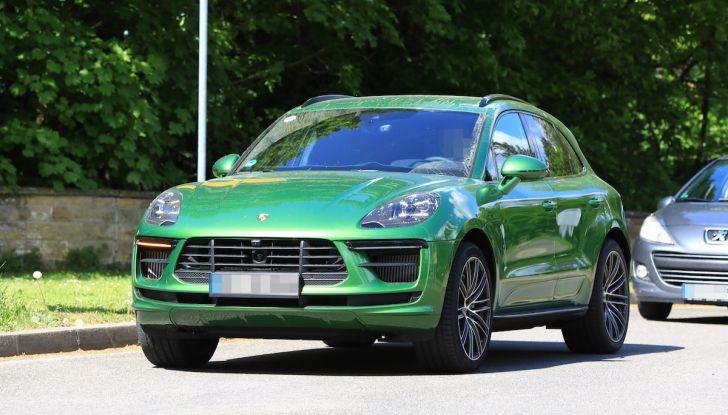 Porsche Macan: la prossima generazione sarà elettrica - Foto 1 di 13