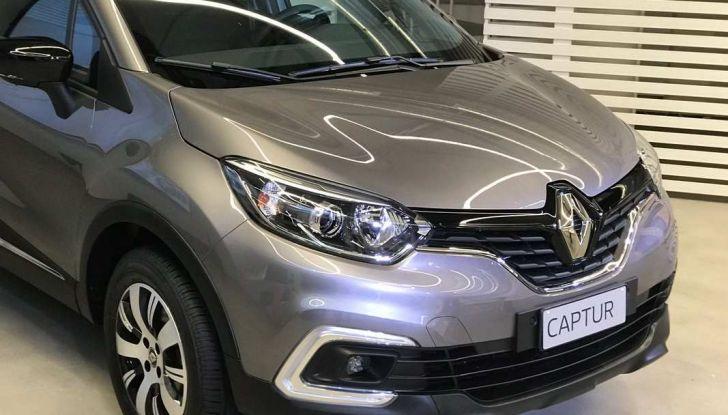 Renault Captur Sport Edition completa la gamma crossover del marchio francese - Foto 11 di 18