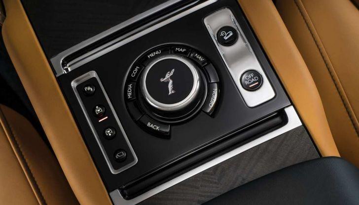 Rolls-Royce Cullinan, il suv più lussuoso del mondo - Foto 4 di 14