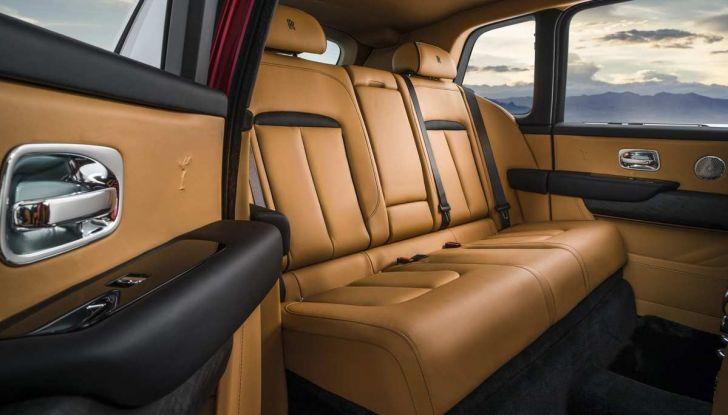 Rolls-Royce Cullinan, il suv più lussuoso del mondo - Foto 7 di 14