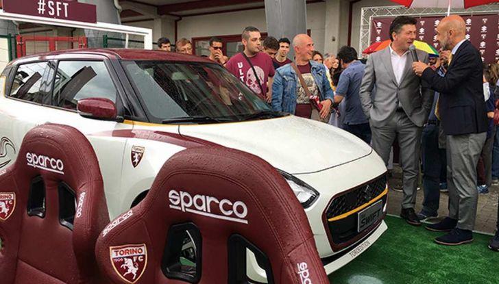 Suzuki SWIFT Toro Edition per Walter Mazzarri, allenatore del Torino - Foto 4 di 6
