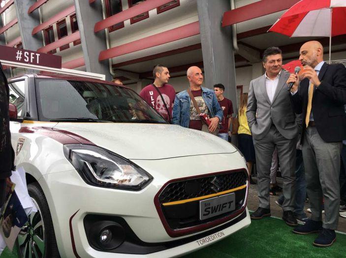 Suzuki SWIFT Toro Edition per Walter Mazzarri, allenatore del Torino - Foto 5 di 6