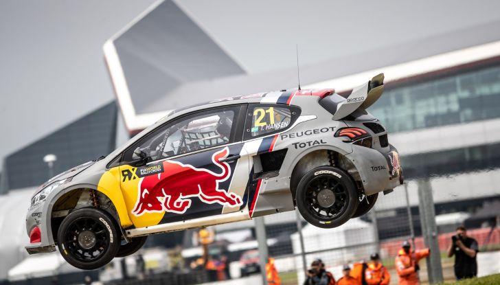 Timmy Hansen (Team Peugeot Total) sfortunato nella gara inglese del WRX - Foto  di