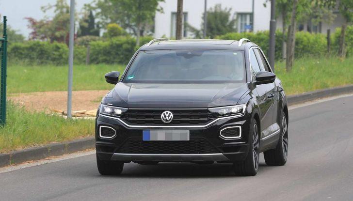 Volkswagen T-Roc R, primi test per la variante sportiva - Foto 15 di 15