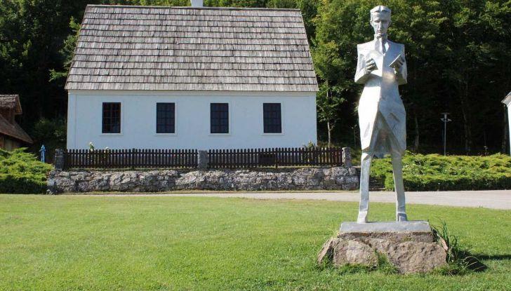 On The Traces of Tesla: un viaggio europeo in elettrico per conoscere Nikola Tesla - Foto 9 di 18
