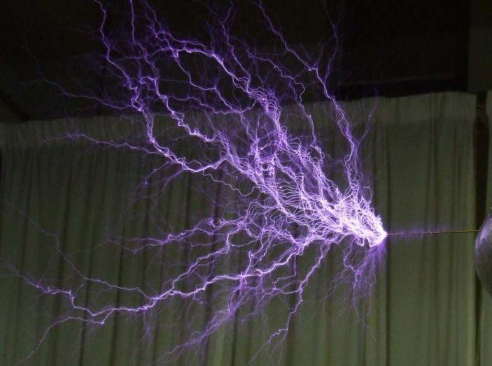On The Traces of Tesla: un viaggio europeo in elettrico per conoscere Nikola Tesla - Foto 13 di 18