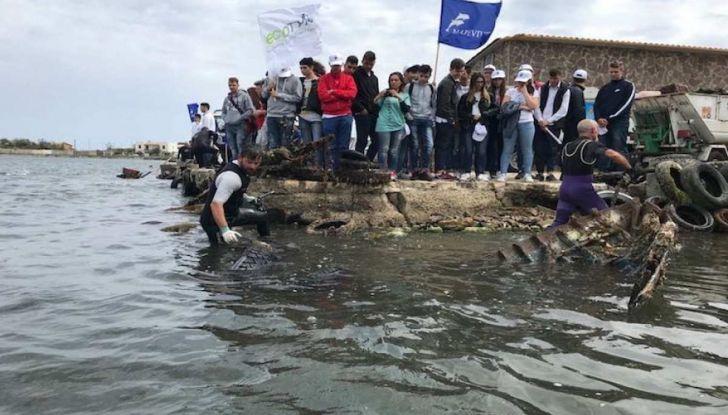 8.500 pneumatici recuperati dai fondali marini italiani - Foto 6 di 6