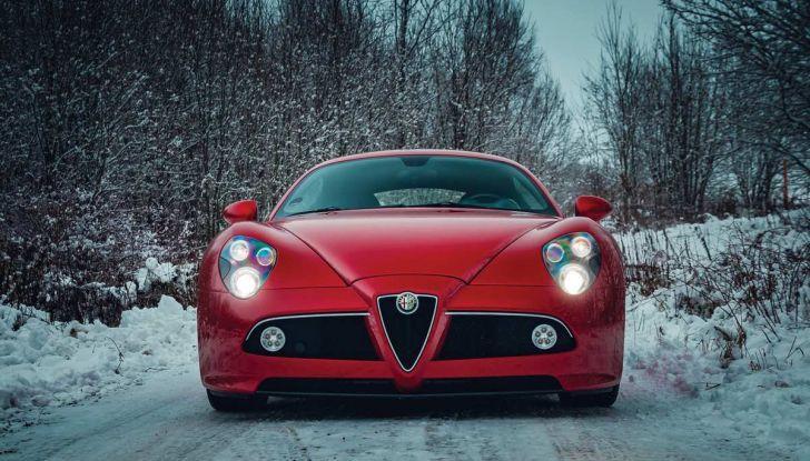 Alfa Romeo 8C, la supercar da 700 CV con motore elettrico - Foto 9 di 9
