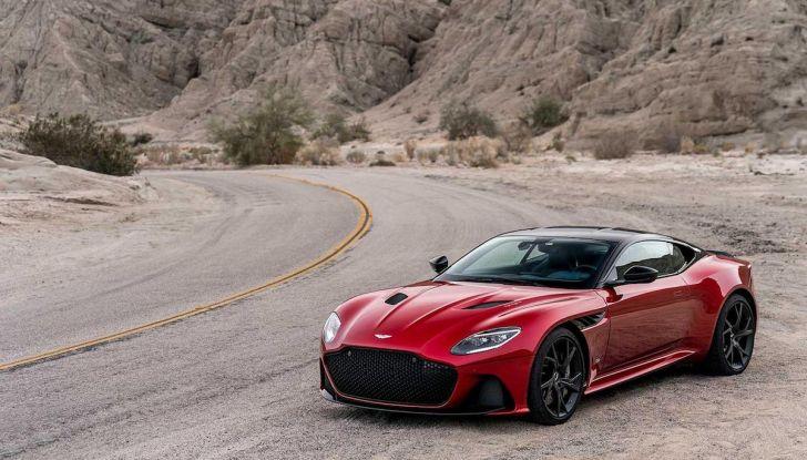 Nuova Aston Martin DBS Superleggera, il V12 Twin Turbo da 725CV - Foto 11 di 11
