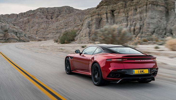 Nuova Aston Martin DBS Superleggera, il V12 Twin Turbo da 725CV - Foto 7 di 11