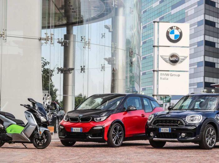 BMW Group, nel futuro mobilità elettrica, digitalizzazione, condivisione e guida autonoma - Foto 13 di 17