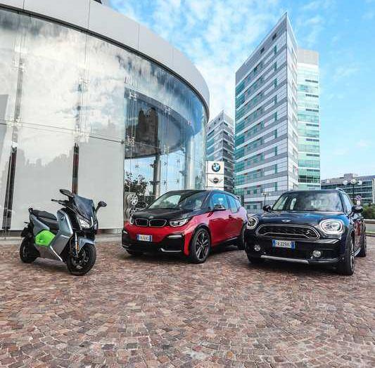 BMW Group, nel futuro mobilità elettrica, digitalizzazione, condivisione e guida autonoma - Foto 2 di 17