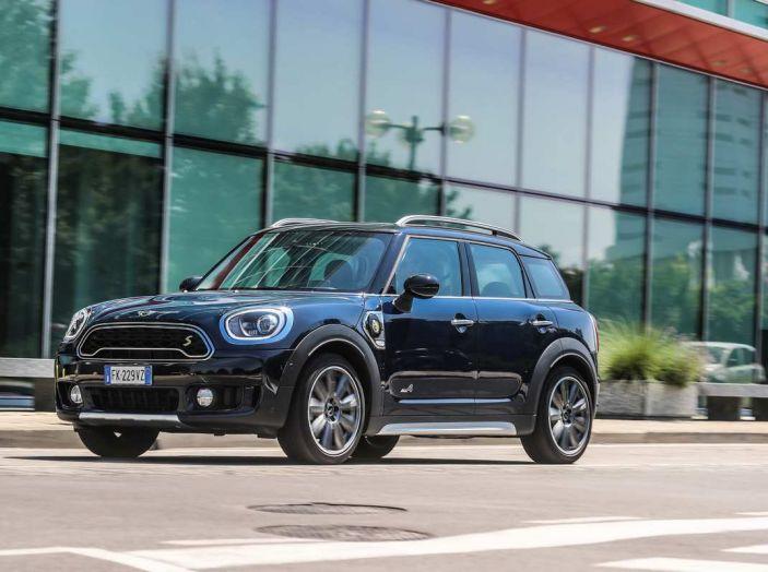 BMW Group, nel futuro mobilità elettrica, digitalizzazione, condivisione e guida autonoma - Foto 9 di 17