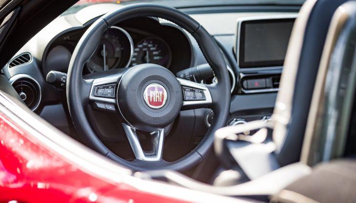 Test Drive Fiat 124 Spider 2018: un sogno en plein air - Foto 22 di 29