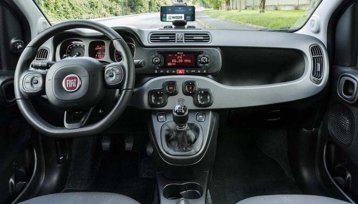 Fiat Panda Waze, versione speciale per l'app di navigazione - Foto 11 di 13