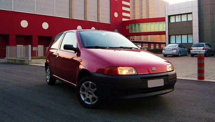 Fiat Punto esce di produzione dopo 25 anni di successi - Foto 1 di 12