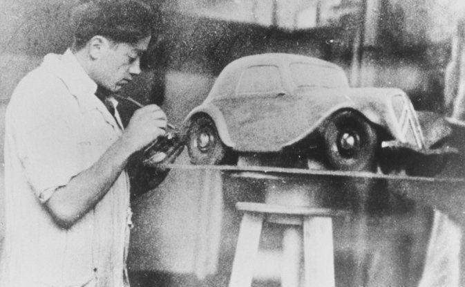 1934: André Citroën lancia la produzione in serie della Traction Avant - Foto 2 di 12