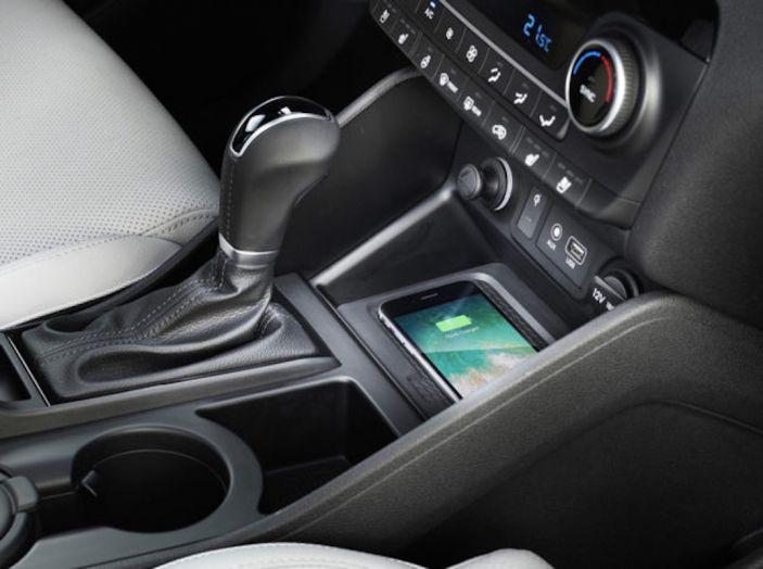 Hyundai Tucson 2018, il Restyling con il nuovo sistema Mild Hybrid - Foto 12 di 17