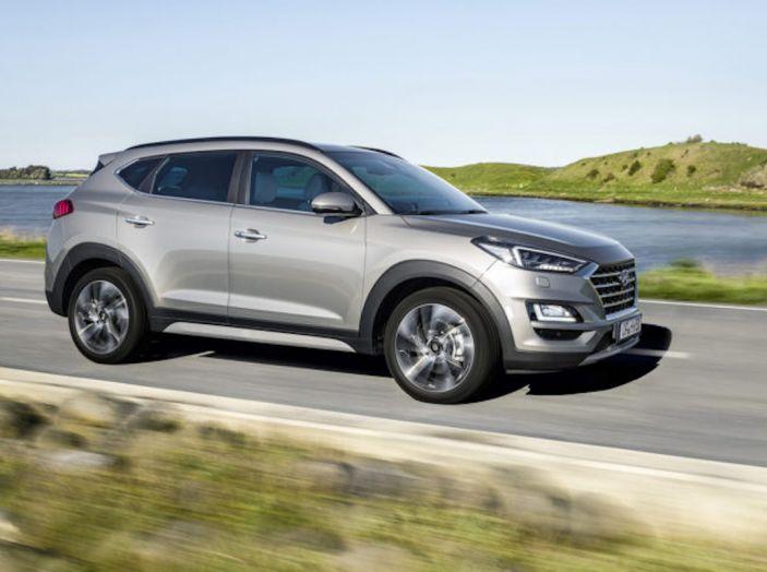 Hyundai Tucson 2018, il Restyling con il nuovo sistema Mild Hybrid - Foto 9 di 17
